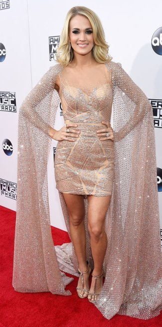 112215-amas-carrie-underwood