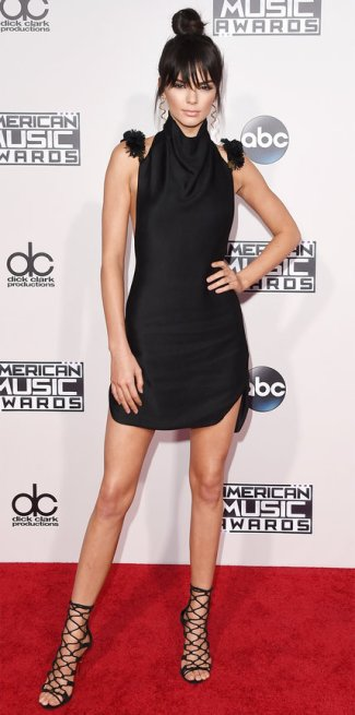 112215-amas-kendall-jenner