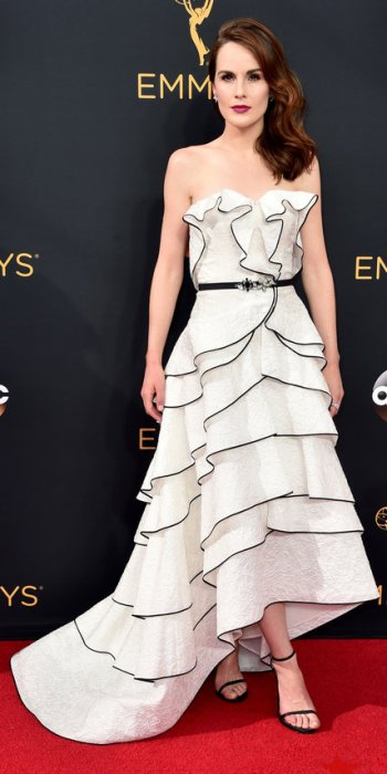 091816-emmy-michelle-dockery